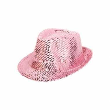 Hoedje met roze pailletten