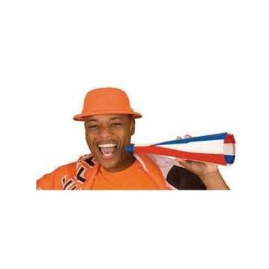 Oranje bolhoedje van foam