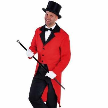 Rode slipjas zwarte hoge hoed