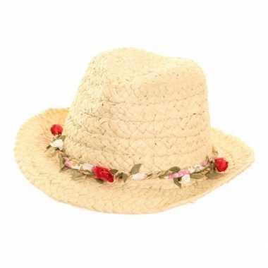 Stro trilby hoedje met rozenkrans